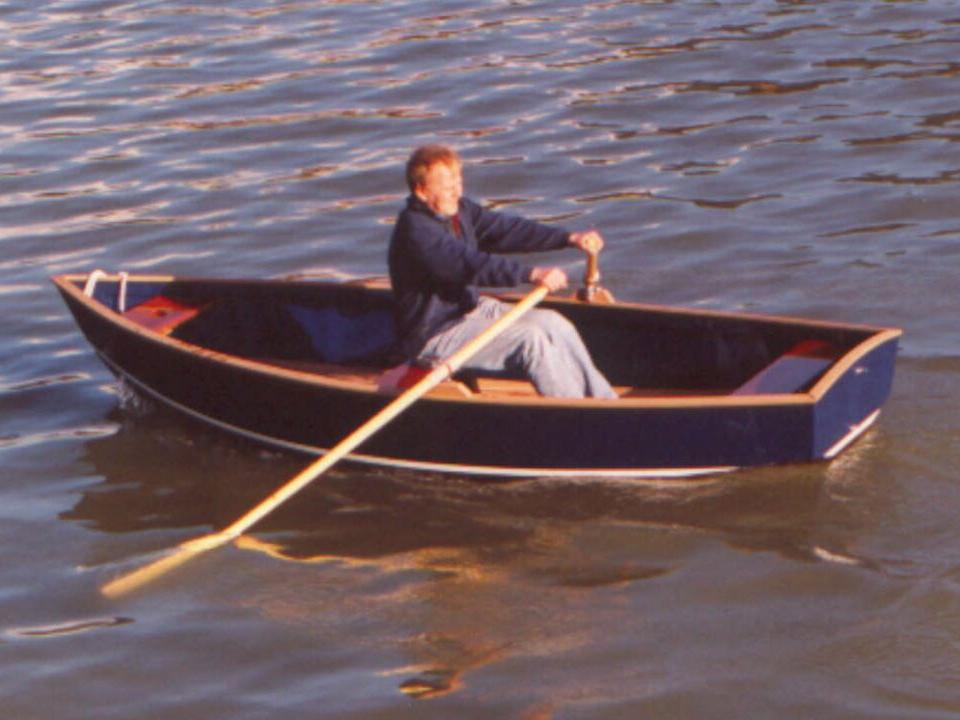 Ruderboot-Totale.jpg